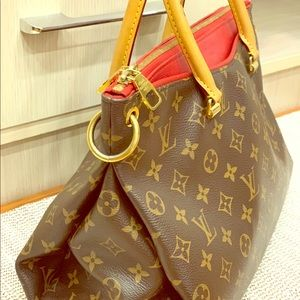 Louis Vuitton big size Pallas !